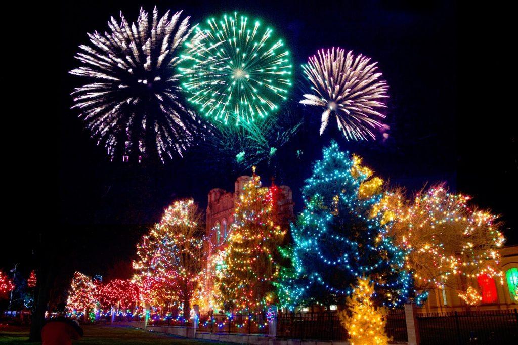 best christmas light show music